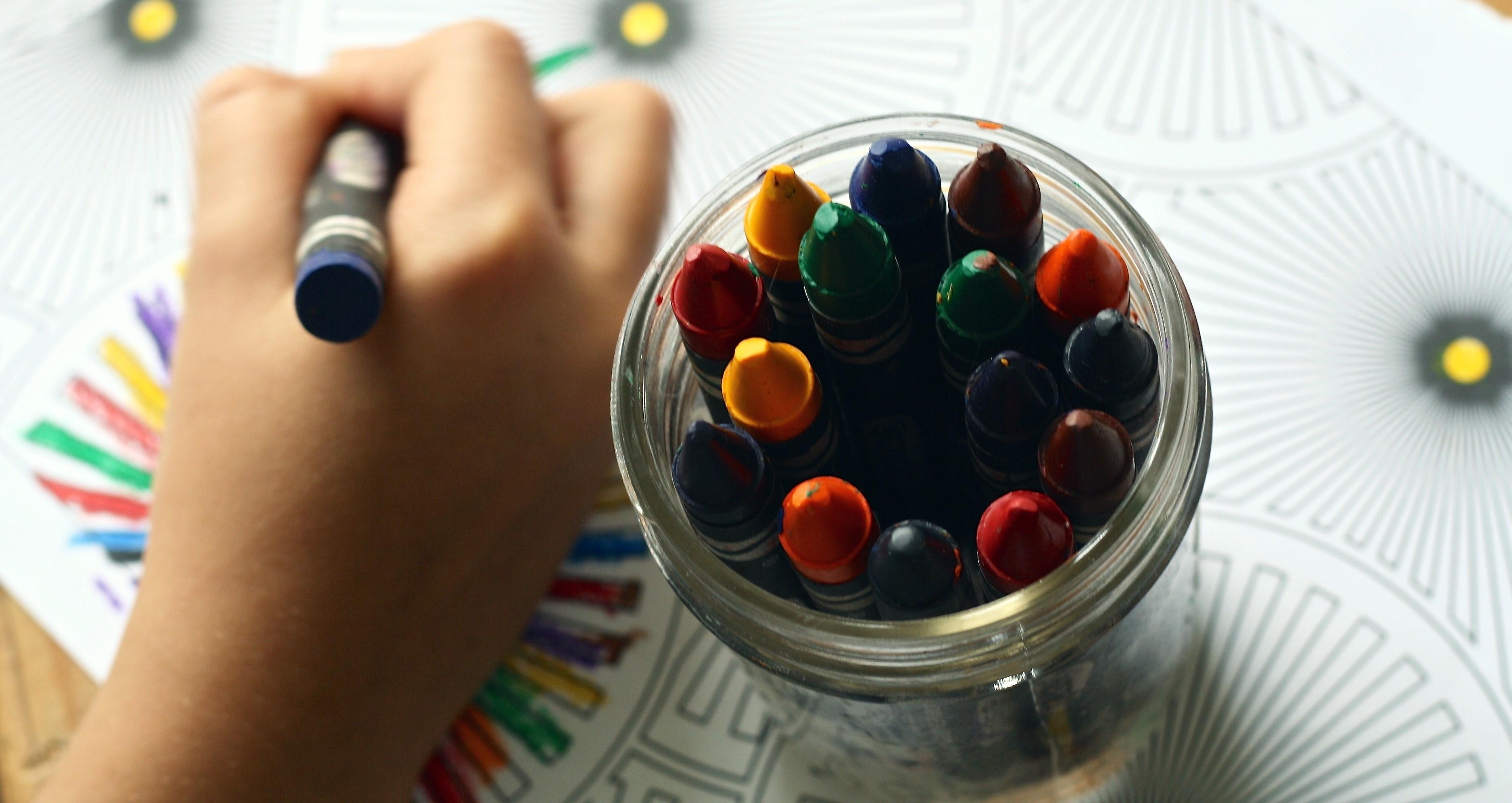 art-arts-and-crafts-child-159579